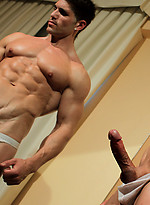Powermen Exclusive muscle model Dylan Hunter returns with an all-new private solo scene.
