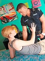 Cute boy Max McQueen sucking off Cody Cummings' muscle cock