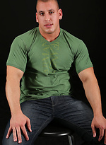 Solo session by masculed stud Payne