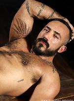 Muscle dude Alessio Romero strokes dick