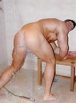 Zeb - Rear Action Shower
