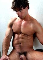 Muscle hunk Nick naked