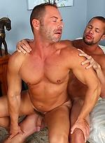 Muscle hotties Matthew Rush and Doug Jeffries fuck
