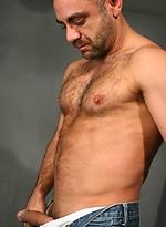 Hairy mature man Manu Maltes