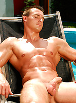 Hot muscle hunk poing naked outdoors